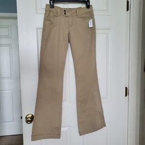 Aeropostale Authentic Original Khaki Pants/Jeans